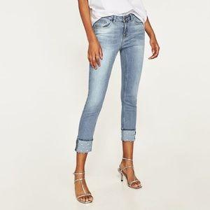 Zara Pearled Cuff Lt Wash Skinny Jean